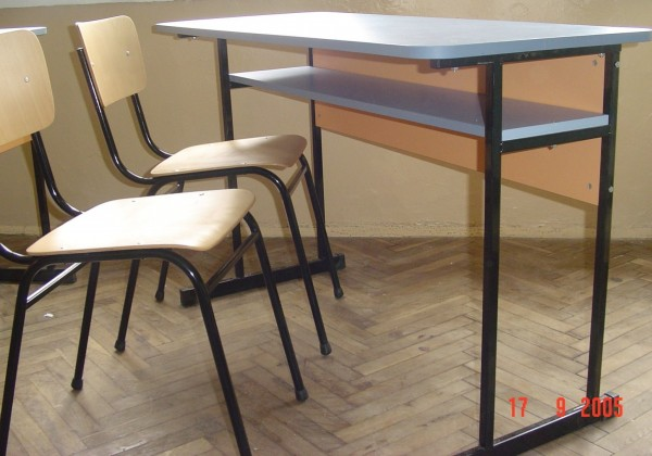ученическа маса  (1)