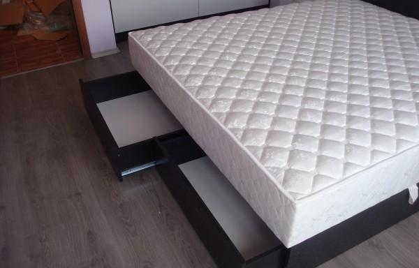 Спалня 002