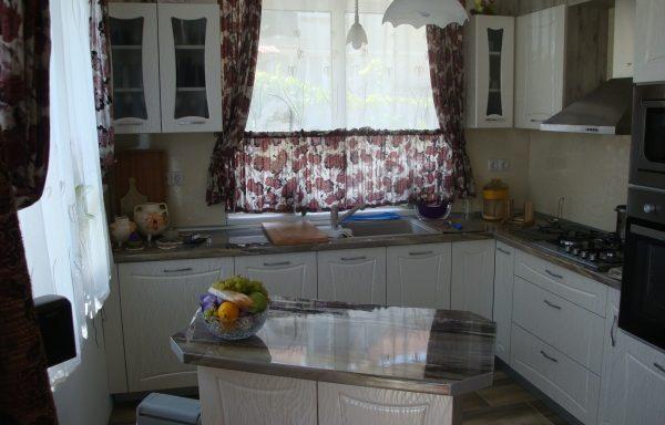 Кухня 018